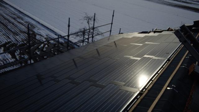 富山市H様邸 瓦一体型太陽光pic01