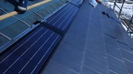 富山市H様邸 瓦一体型太陽光thm05